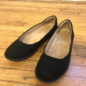WORN ONCE Naturalizer Flexy: Black Suede